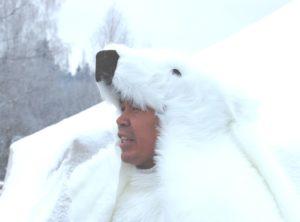 Умка медведь жизнерадостный и веселый
