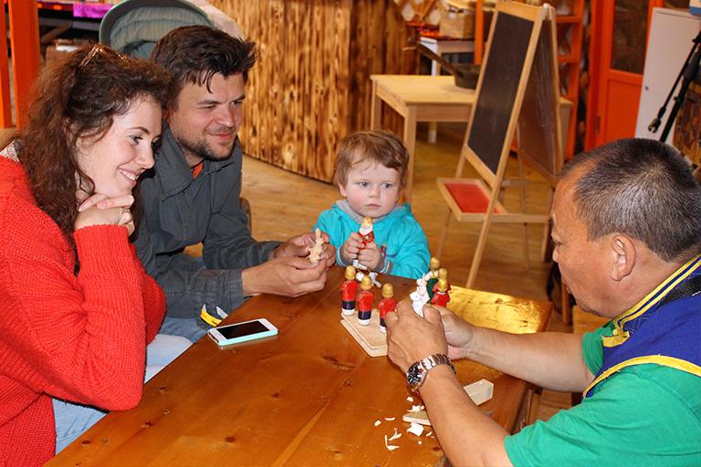 детский кукольный театр, народный фольклор, тувинский артист